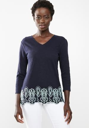 eca872f77b9c7d Top with embroidered hem - navy