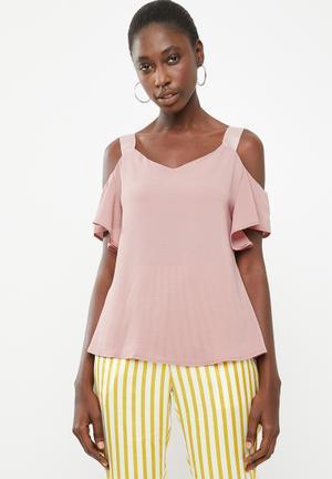 a35f6b0d735a16 Cold shoulder blouse - rose