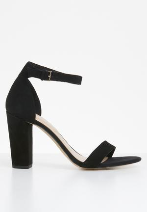 b242abcfeee Jerayclya ankle strap block heel - black