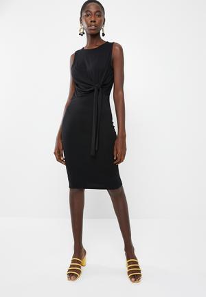 1f58733ab77 Louisa knot short sleeve knee dress - black
