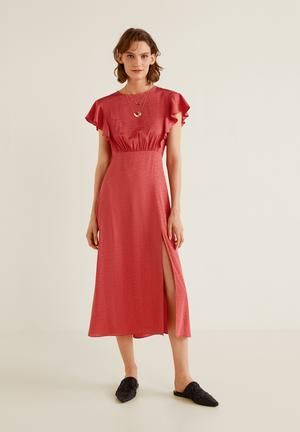 c48edfd1011 Ruffled midi dress - pink