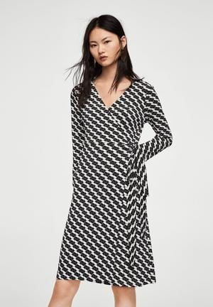 Wrap polka-dot dress - black