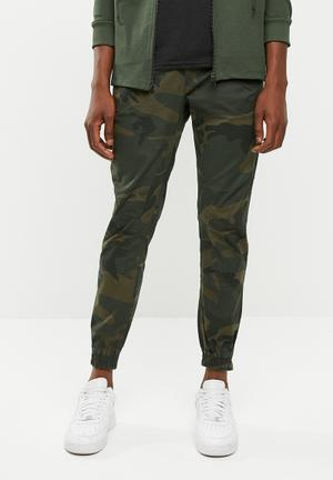 8398afb759e504 Forest night cargo pants - khaki green