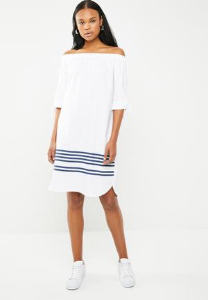 Bardot shift dress with sleeves - white eed12281b