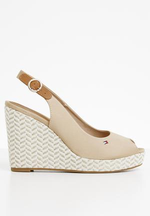 d7e0602f0aa3 Slingback wedges - neutral