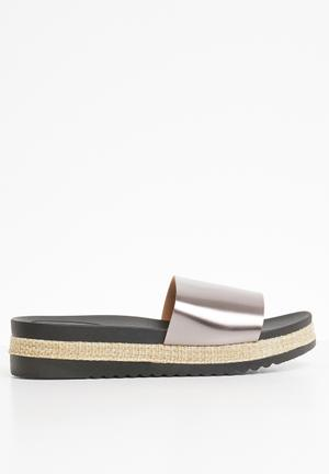 818b6c52f440 Flatform Sandals   Flip Flops for Women