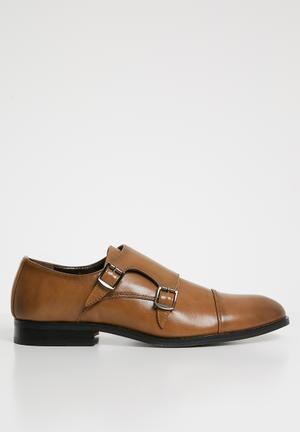 Austin monk strap shoe - tan
