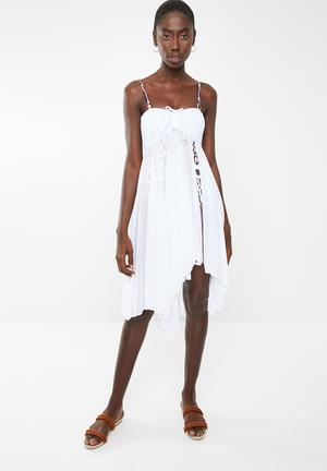 ea1563c12cff8 Two-way cover-up dress - white