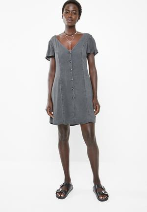 79907bba185 Sunlight dreaming dress - charcoal