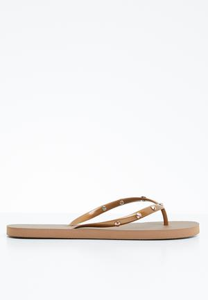 b0ddf1b9be6d Stud flip-flop - rose gold