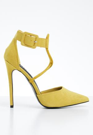 Cardi ankle strap heels - yellow 8df1f60e874d