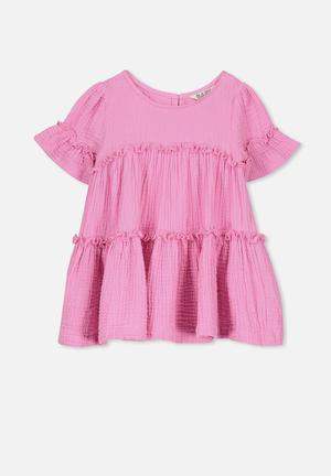 Abby flutter dress - pink fe84c63a85088