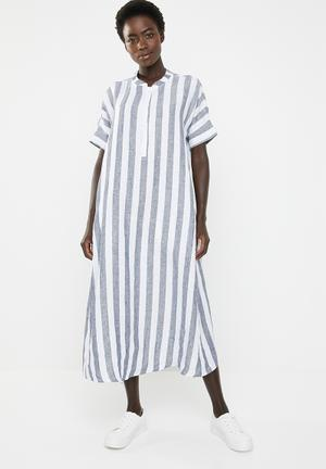 b0decebf126 Lumka stripe kaftan with front tie - navy   white