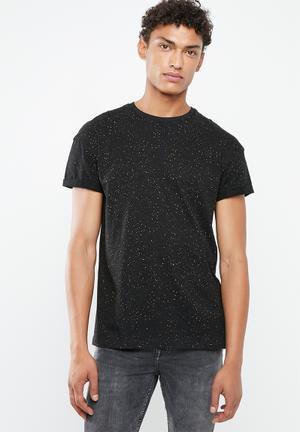 4741df19454 Spray wash short sleeve tee - black