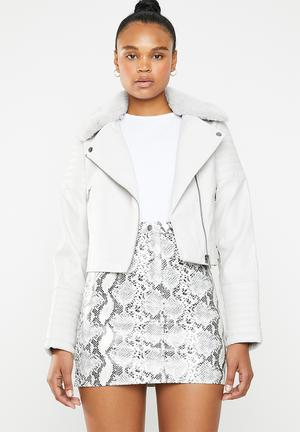 Biker jacket with faux fur collar - grey