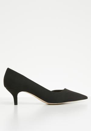 7a3759cab12 Kitten heel - black. 3 options