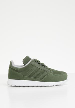 642a714a7409 adidas Originals Boys 2-8 for Kids