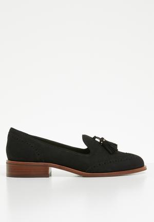 1163df3ba7f9 Aferinna leather tassel detail block heel loafer - black