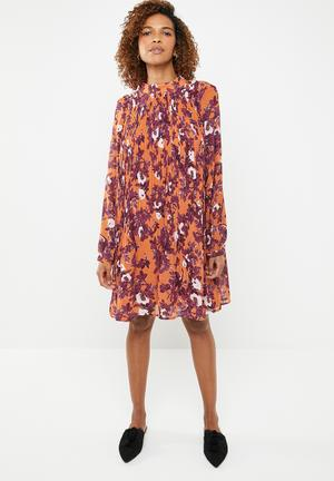4c70bb7da6bab By Vero Moda R449. Add to wishlist. Karen long sleeve short dress - multi