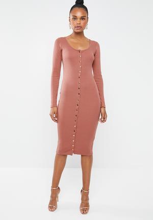 14cfc6f174 Ribbed popper midi dress - pink