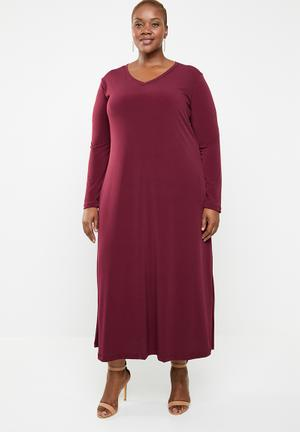 bcf3652b82 V neck maxi dress with pockets - maroon