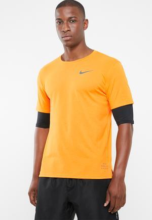 b11bb98dc7fa Breathe rise 365 top short sleeve top - orange   black
