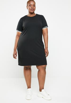 0b11fcaee43 Athlete T-shirt dress - black