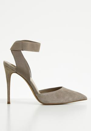 c5aca801865 Steve Madden Suede Heels for Women