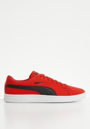 6a6c4daa73 Puma Smash v2 Buck - high risk red-Puma black-Puma white