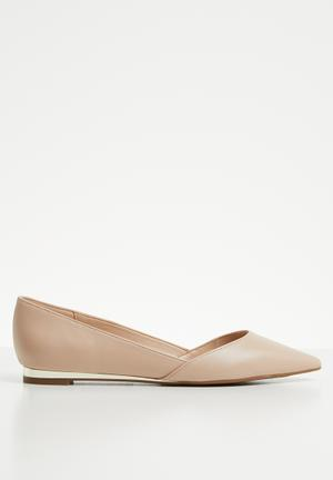 baaf2f019e6 ALDO Flat Pumps   Flats for Women