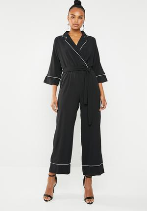 2864fcf97b8f Jumpsuit with contrast - black and white
