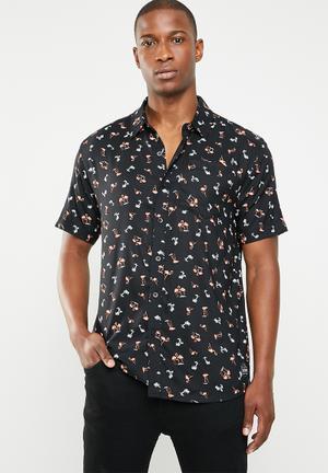 926e3a6ba93 Black Shirts for Men