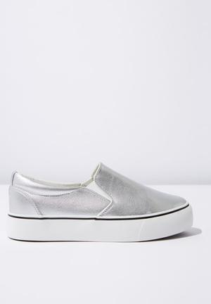 c538d41331d9 Faux leather platform slip on - silver