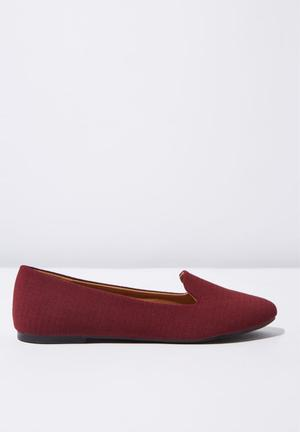 eca1731d6d1 Red Pumps   Flats for Women