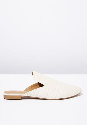 435f66620d6 Woven pointed slipper mule - white