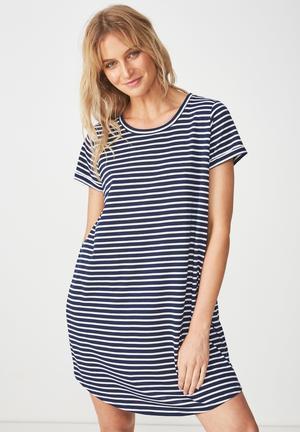 f6aef426c18 Tina T-shirt dress - navy   white
