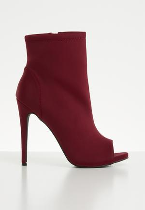 b8f17d881c Open toe boot - burgundy