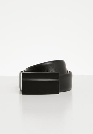 d3e671ef0 Discount. Onendra - black