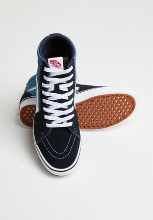 competitive price a8a23 6ffa1 UA ComfyCush sk8-hi - navystv navy