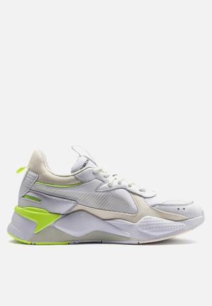 21574f3eaf87 Price High to Low  Discount. RS-X tracks - puma white   whisper white