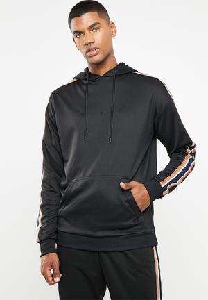04b662409b6f NYC tricot pullover - black