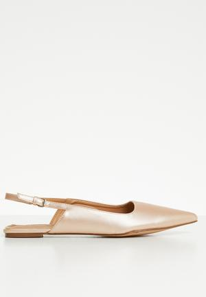 02cff60f090 Slingback pumps - rose gold