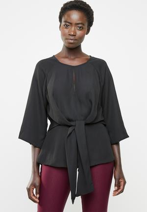 c35ea487a66afa Tie front blouse - black