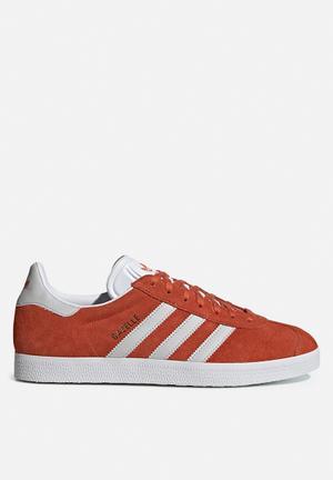 608208a099c0 By adidas Originals R1299. Add to wishlist. Gazelle - raw amber grey one  F17 ftwr white