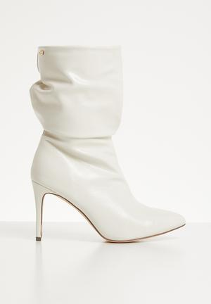 Trixie boot - off white