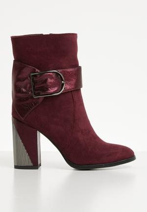 fba7f75092 Buckle detail ankle boot - burgundy