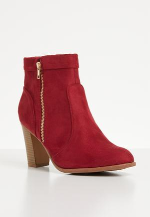 2a032714e9b Side zip ankle block heel - burgundy
