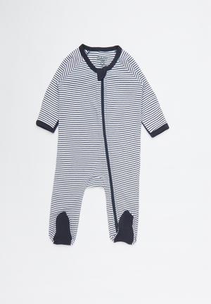 5288eb4f81ab Nb long sleeve zip throu - white   navy