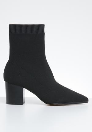 Ankle sock boot - black