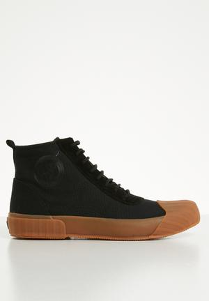 f6bfd133c30f 228 canvas logo boot - black gum